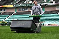 Colin Frazer, Head Groundsman at Hibernian FC, has recently purchased a Dennis G860 mower with range of interchangeable cassettes for use at the East