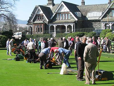 Dennis and SISIS Announce Scottish Bowls Seminar Dates